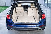 BMWが新型「5シリーズ ツーリング」を発売の画像
