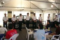 試乗前のプレゼンテーションでは、レクサスの開発陣があいさつ。「ガソリン50リッターで東京を出発すると、『BMW X5』なら浜松止まりですが、『レクサスRX450h』なら広島まで行けます」などとアピールも抜かりない。作り手と乗り手が直接会話できる、貴重な機会でもある。