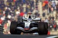 キレと速さに欠く中国GPだったライコネンは2位でゴール。7勝という年間勝利数は今回アロンソに並ばれた。(写真=メルセデスベンツ)