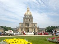 参加車両は、広場をぐるっと取り囲むかたちで1時間ほど駐車していた。
