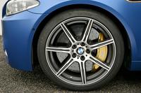 BMWが「5シリーズ」をマイナーチェンジの画像