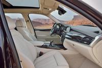 「X5 xDrive50i xLine」に設定される「デザインピュアエクセレンスエンスインテリア」。