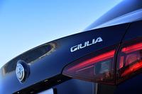 アルファ・ロメオ・ジュリア ヴェローチェ(4WD/8AT)/ジュリア スーパー(FR/8AT)【試乗記】の画像