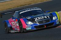 最終的には、No.38 ZENT CERUMO SC430が2012年の開幕戦を制した。