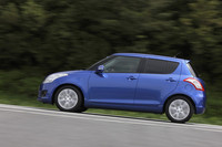 FF・CVT車は、10・15モード燃費で23.0km/リッターをマークする(FF・MT車は21.0km/リッター)。