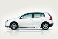 VWゴルフに充実装備のお買い得モデル「ゴルフ オクターヴ」を発売