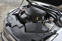 3.6リッターV6ツインターボユニットは470ps/5800rpmと61.5kgm(603Nm)/3500rpmを発する。