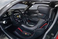 フェラーリがサーキット専用車FXX Kを発表の画像