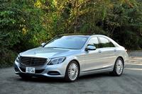 メルセデス・ベンツS400ハイブリッド エクスクルーシブ     ボディーサイズ:全長×全幅×全高=5116×1899×1493mm/ホイールベース:3035mm/車重:--kg/駆動方式:FR/エンジン:3.5リッターV6 DOHC 24バルブ/モーター:交流同期電動機/トランスミッション:7段AT/エンジン最高出力:306ps/6500rpm/エンジン最大トルク:37.7kgm/3500-5250rpm/モーター最高出力:27ps/モーター最大トルク:25.5kgm/タイヤ:(前)245/45R19 (後)275/40R19/価格:1270万円