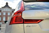 今回の試乗車は、2リッター直噴ガソリンターボエンジンを搭載した「T5 AWD」の上級グレード「T5 AWDインスクリプション」。「XC60」はグローバルの販売台数の約3割を占める、ボルボのベストセラーモデルだ。