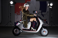 MINI、電動スクーターを初披露【パリサロン2010】の画像