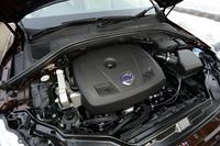 ボルボ「S60」「V60」「XC60」に新エンジン採用の画像