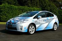 トヨタの現実的次世代低炭素車、「プリウスプラグインハイブリッド」の画像