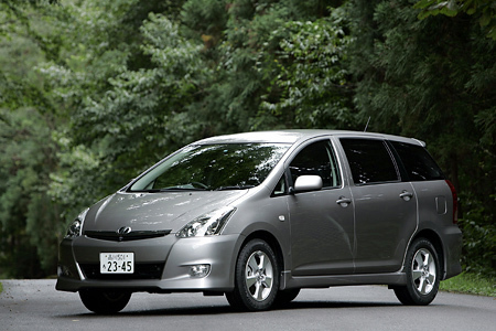 トヨタ・ウィッシュ X エアロスポーツ・パッケージ(2WD)【ブリーフテスト】
