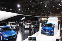 マツダは次世代技術「スカイアクティブ」をプッシュ【東京モーターショー2011】
