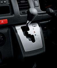トヨタがハイエースを一部改良、特別仕様車もの画像