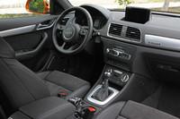 インテリアの様子。ほかのアウディ車と同様に「BOSEサラウンドサウンドシステム」「MMIナビゲーションプラス」といった快適装備が用意される。