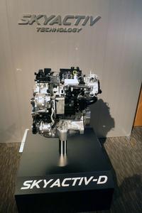 1.5リッター直噴ディーゼルターボエンジン。