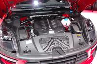 「マカンGTS」の3リッターV6ツインターボエンジン。