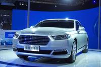 フォードは新型「トーラス」を公開。「フォーカス」に続くヒット作となるか?