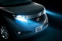 トヨタがコンパクトカー「bB」の安全性を強化の画像