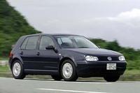 【スペック】フォルクスワーゲン・ゴルフE(4AT):全長×全幅×全高=4155×1735×1455mm/ホイールベース=2515mm/車重=1250kg/駆動方式=FF/1.6リッター直4SOHC8バルブ(102ps/5600rpm、15.1kgm/3800rpm)/車両本体価格=219.0万円