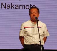 会の冒頭であいさつに立った、ホンダ・レーシングの中本修平副社長。会心の戦績を残したとは言いがたい2015年シーズンを振り返りつつ、今季にかける意気込みを語った。