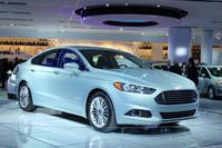 「モンデオ」と統合されるからなのか、「フォード・フュージョン」にはかなり欧州色の強いデザインが採用された。