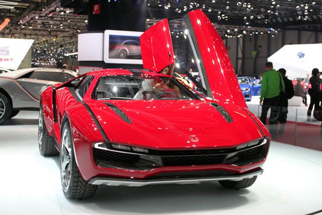 イタルデザイン・ジウジアーロのコンセプトカー「パルクール」