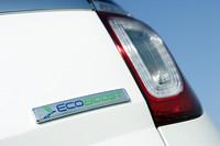 「XLTエコブースト」の外観は、V6の「XLT」と同じ。リアにある「EcoBoost」のバッジがその違い。