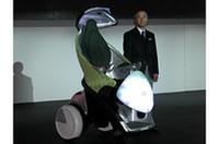 【東京モーターショー2005】トヨタは「エコ×エモーション」で動く、動く!の画像
