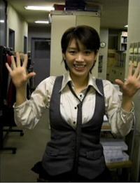 【Movie】グラビアアイドル矢部美希さんが編集部にの画像