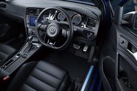 歴代「ゴルフ」最強の新型「VWゴルフR」登場の画像