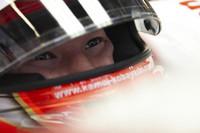 ティモ・グロックの代役、という立場以上のパフォーマンスをみせた小林可夢偉(写真)。予選12番手から2ストッパー組を牽引し、ピットストップのタイミングで一時は3位を走行。デビュー2戦目で6位完走、早くも得点し、来季のシートにまた一歩近づいた。チームメイトのヤルノ・トゥルーリは若き日本人ドライバーの影に隠れこのレース7位。トヨタはフェラーリとBMWに挟まれたコンストラクターズランキング5位に終わった。(写真=Toyota)