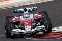 トヨタのヤルノ・トゥルーリは、予選でQ3へと駒を進め7番グリッドからスタート。決勝でもポイント圏内を守り、6位でゴールした。激戦が続く中堅チームのなかでも、トヨタの堅調ぶりが目立つ序盤3戦だ。(写真=Toyota)