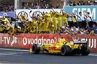 予選7位、決勝5位。苦戦が続いた佐藤琢磨のF1デビューイヤーは、母国GPで最良のカタチで終わった(写真=本田技研工業)