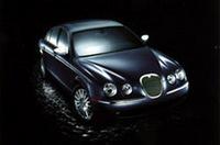 「ジャガーSタイプ」に上級車の廉価版「3.0ソブリン」加わるの画像