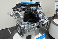 「スイフト」や「ソリオ」に搭載されるK12B型1.2リッター直4エンジン。コンパクトカー用のパワーユニットについては、このエンジンをベースに開発を進めていくとしている。
