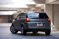 【スペック】シグナム3.2:4635×1800×1460mm/ホイールベース=2830mm/車重=1590kg/駆動方式=FF/3.2リッターV6DOCH24バルブ(211ps/6200rpm、30.6kgm/4000rpm)/車両本体価格=422.0万円(テスト車=同じ)