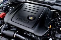 180psと43.8kgmを生み出す2リッターのインジニウム・ディーゼルエンジン。JC08モード燃費は16.7km/リッター。