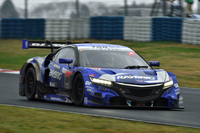 No.100 RAYBRIG NSX CONCEPT-GT。予選9位から奮闘、2位でレースを終えた。