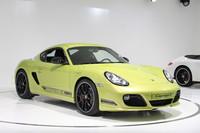 「ポルシェ・ケイマンR」。「911GTS」に続き、「ケイマン」にもさらなるスポーツモデルが追加された。