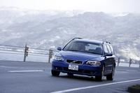 ボルボV70R(4WD/6AT)【試乗記】の画像