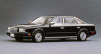 1990年、四半世紀ぶりにフルモデルチェンジした2代目「日産プレジデント」。ボディーは「インフィニティQ45」のホイールベースを150mmストレッチしていたが、92年にはQ45と同サイズのボディーを持つJSシリーズも加えられた。価格は860万円と、先代の最終型「ソブリンVIP」より300万円以上も高くなった。