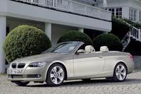 「BMW3シリーズ」が、ナビやトランスミッションを変更