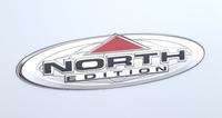 「コンパス ノース」に備わる「North Editionハードタイプバッジ」。