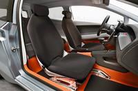 リッター40km以上! VWが新コンセプトカー「Up!Lite」を発表【LAショー09】の画像