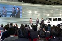 三菱、電気自動車用の電源供給装置を発売の画像