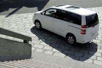 トヨタ・ノアL(4WD/4AT)【ブリーフテスト】の画像
