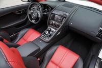 ジャガーFタイプ R AWD(4WD/8AT)/Fタイプ S クーペ(FR/6MT)【海外試乗記】の画像